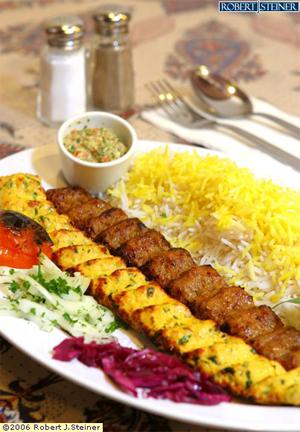 چلو کباب کوبیده غذای ایرانی
