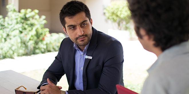 مصاحبها با علیرضا صفاری (مدیر واحد کلینیک برند آژانس تبلیغاتی تمامخدمت بادکوبه)