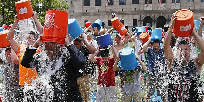 چالش سطل آب یخ برنده شیر طلایی جشنواره کن شد