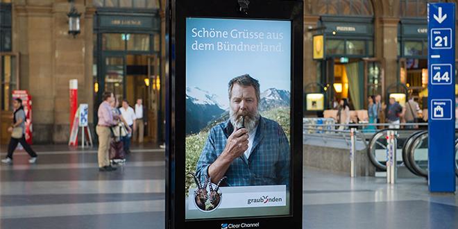 با بیلبورد حرف بزنید و برنده سفر به کوهستانهای سوئیس شوید.