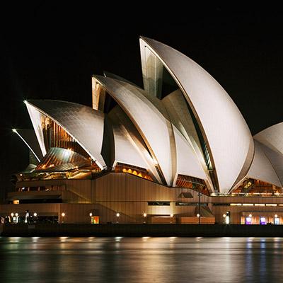دعوت برای ورود به خانۀ اپرای سیدنی، برنده شیر طلایی جشنواره کن